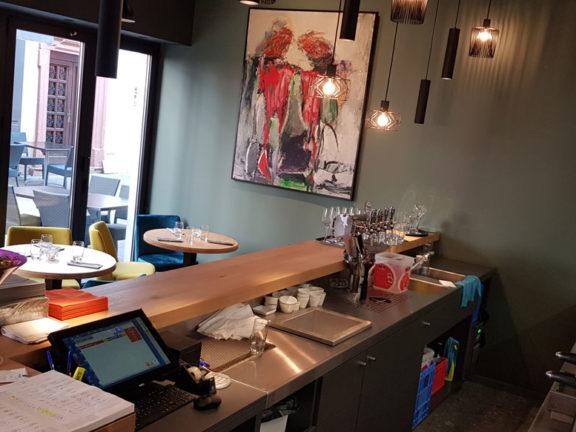 servante accueil restaurant inox